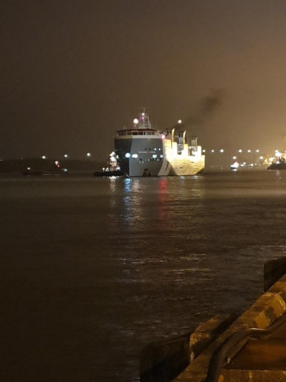 Tầu Bò Úc GALLOWAY EXPRESS cảng Chùa Vẽ HP
