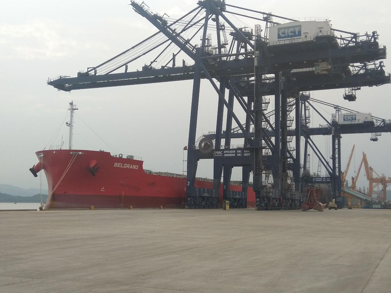Tàu BELGRANO Ngô + Khô đậu cảng CICT