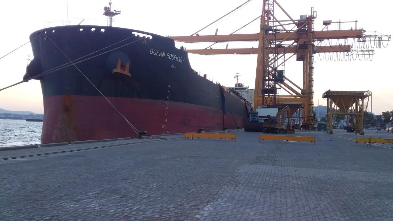 Tầu OCEAN ROSEMARY Ngô + Khô Đậu Cảng Cái Lân
