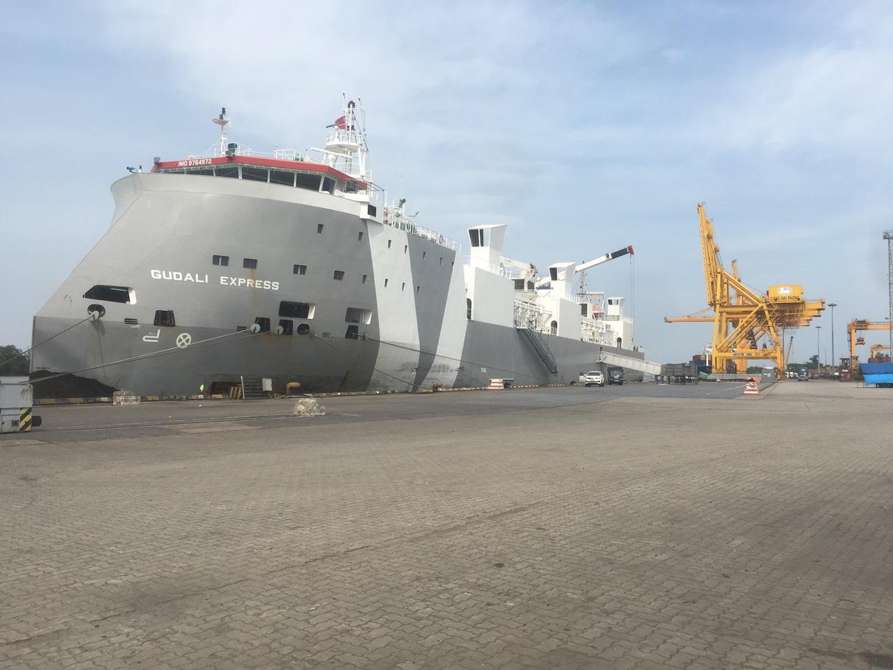 Tàu Bò+ Trâu GUDALI EXPRESS cảng Chùa Vẽ - HP