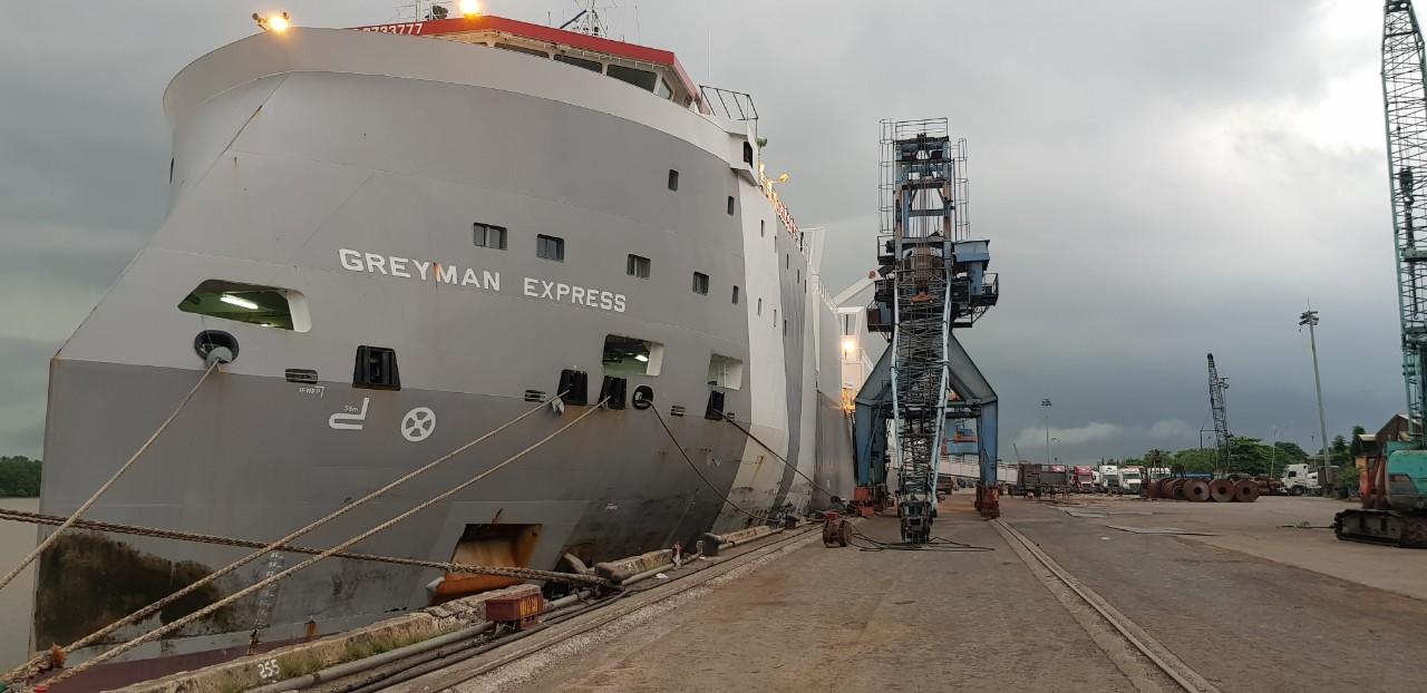 TầuBò ÚcGRAYMAN EXSPESS cảng Cá HP