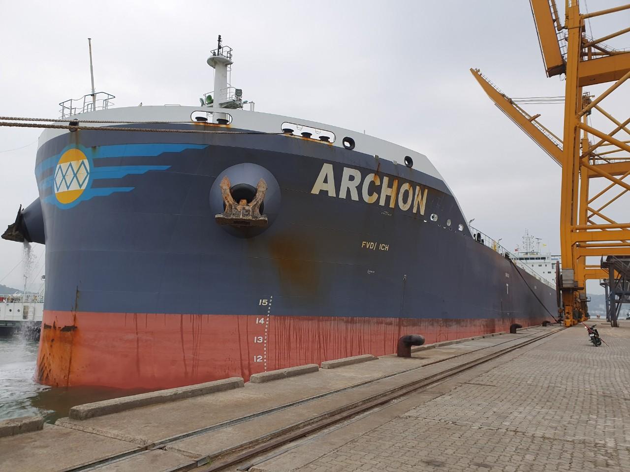 Tầu ARCHON Ngô + Khô Đậu Cảng Cái Lân